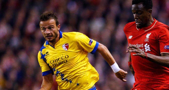 İsviçre'den Beşiktaş için Zverotic iddiası! - Beşiktaş, Sion'da forma giyen 29 yaşındaki sağ bek Elsad Zverotic'i kadrosuna katmaya çalıştığı iddia edildi.  İsviçre'nin Blick gazetesinin iddiasına göre Beşiktaş Kulübü, FC Sion'da top koşturan 29 yaşındaki sağ bek oyuncusu Elsad Zverotic'i kadrosuna katmaya çalışıyor. Haberde, -  - Tıklayın: http://yerelturkiye.com/spor/70979-isvicreden-besiktas-icin-zverotic-iddiasi.html