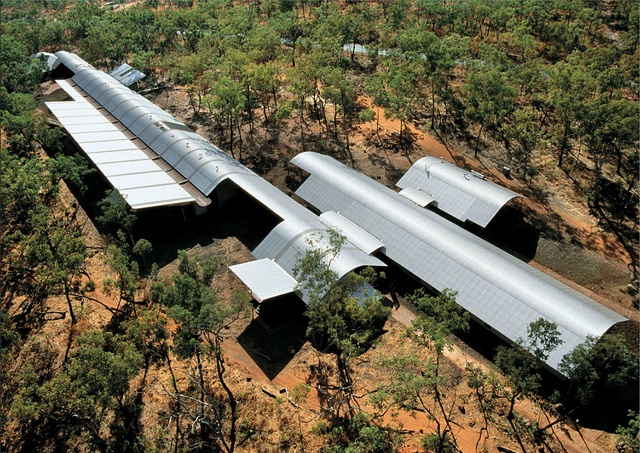 Glenn Murcutt - Bowali visitor's center at Kakadu National Park, Northern Territory Australia 1994. Photos (C) John Gollings by warrenlawson1, via Flickr