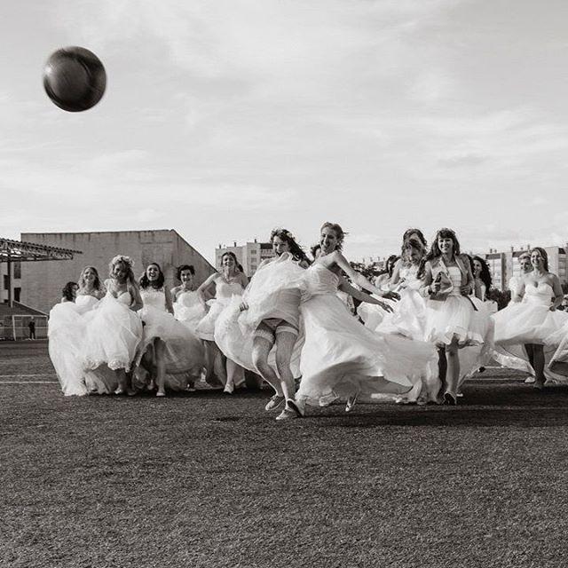 '#photo #photooftheday #photogrid #photoshoot #photographer #photos #photograph #photochallenge #photoftheday #photoaday #photoofday #photoday #pic #instagramanet #wedding #невесты #свадьба #фото #фотосессия #фотограф #сбежавшиеневесты2017 #фотосет #фотка #фотки #чб #футбол #фотографвчелябинске #Челябинск' by @vasiliy_gladchenko.  #bridesmaid #невеста #parties #catering #venues #entertainment #eventstyling #bridalmakeup #couture #bridalhair #bridalstyle #weddinghair #プレ花嫁 #bridalgown #brides…