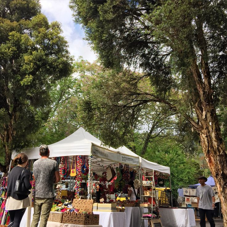 Against the backdrop of picturesque alpine country at Bright Spring Festival. #brightvictoria
