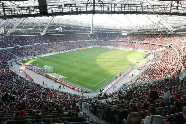Hannover 96,  AWD Arena