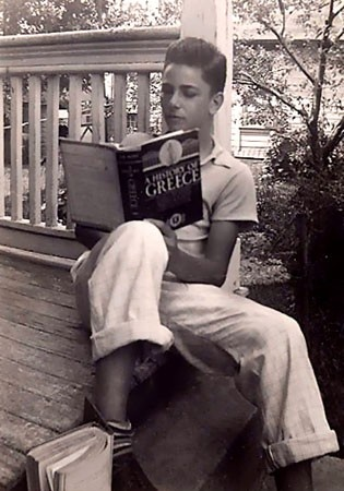 Young Peter Falk reading.