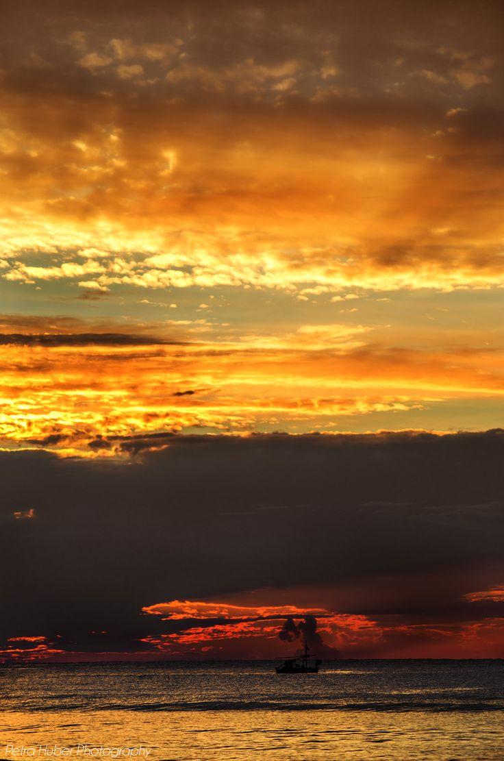 Sunset mit Boot
