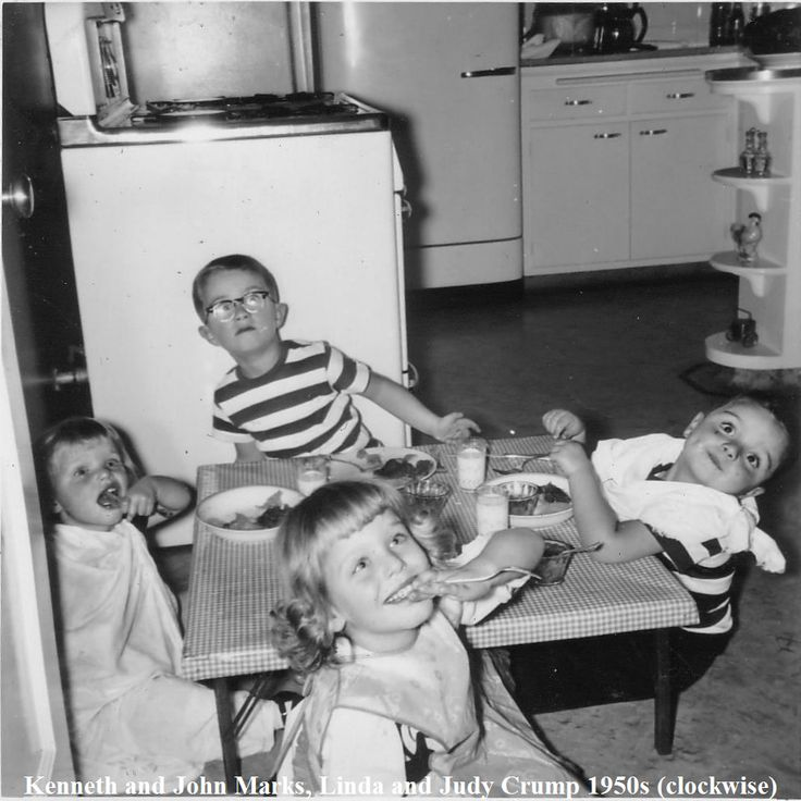 91 Best VINTAGE FAMILY DINNERS Images On Pinterest