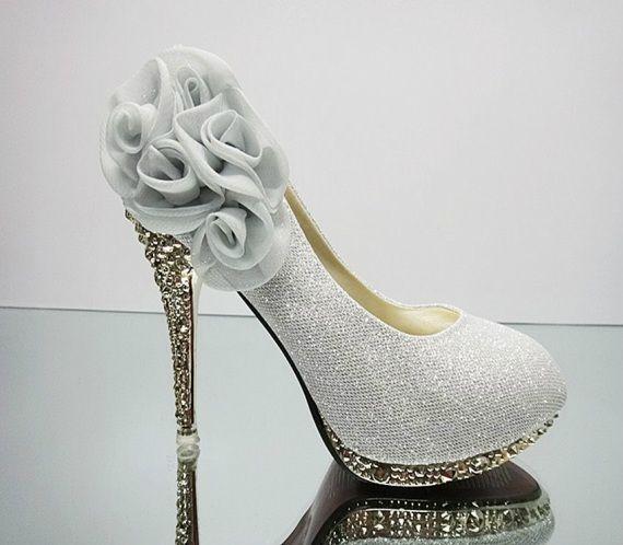 Five Roses Golden Heels Women's Wedding /Prom Shoes Discount Wedding Attire Blog Post #weddingshoes #weddingstilettos #weddingheels #handmadeweddingshoes