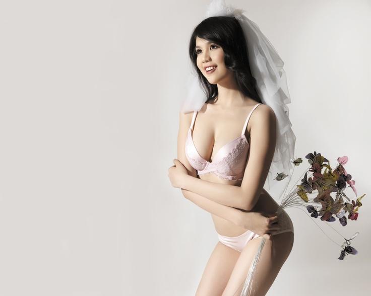 Ukrainian & Russian Brides & Girls - Online Russian Dating ...