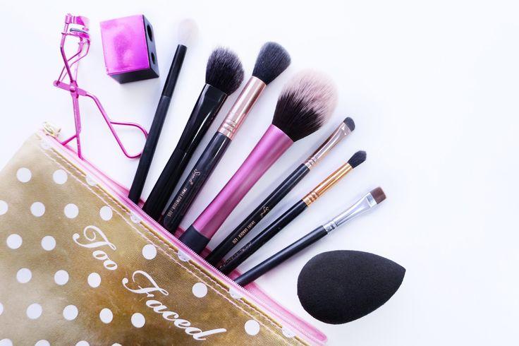 Para elaborar uma maquilhagem perfeita comecemos por um dos princípios básicos: Quais os tools para maquilhagem necessários? - 101 Makeup series já no blog!