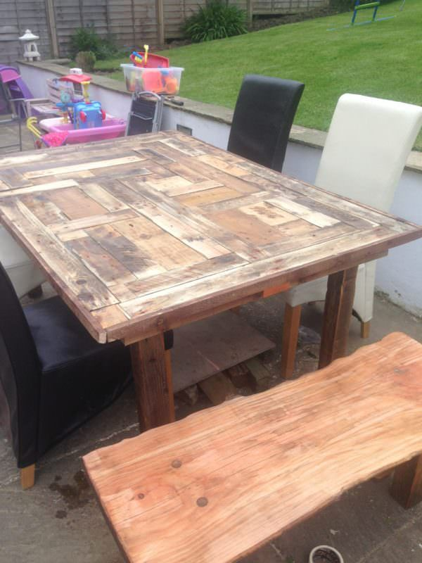 how to build a patio table out of pallets