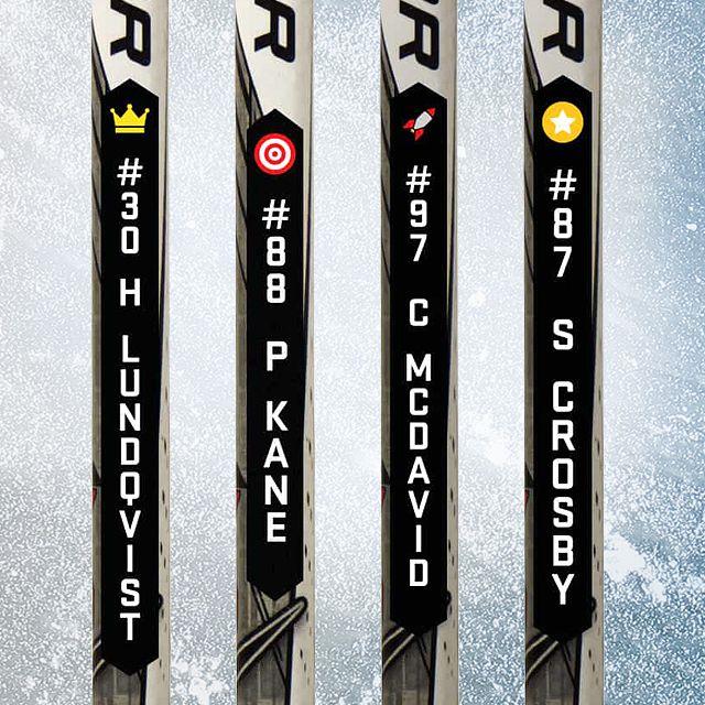 Är du 👑, 🎯, ⭐️ eller en 🚀 på skridskorna? Visa vem du är med ditt namn på dina klubbor! #Ishockey #Hockey