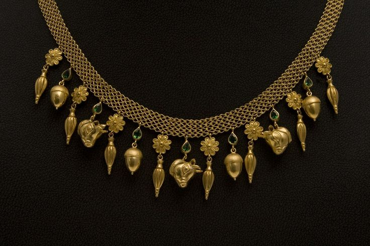 Handmade K22 Gold Necklace with Tsavorites. A homage to the great artisans of the past.