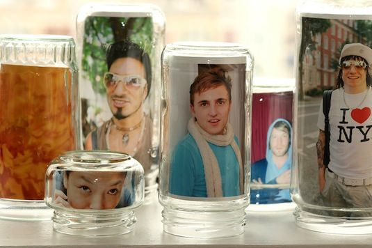 20 Of The Best Mason Jar Projects | Use mason jars as picture frames!!