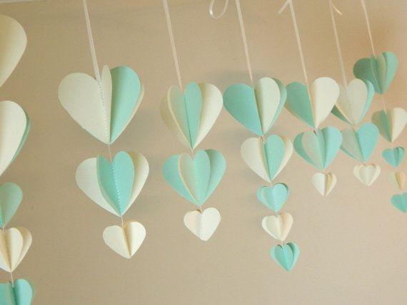 Despedida de soltera decoraciones Shabby Chic decoración de la boda / menta y marfil guirnalda del corazón / Wisteria papel corazones personalizados colores