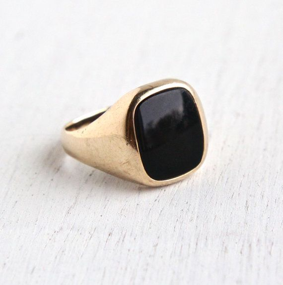 Vintage 10k Yellow Gold Onyx Ring - Retro Mens 1960s Size 9 Classic Fine Jewelry / Dark Semi Precious Stone by Maejean Vintage on Etsy, $225.00