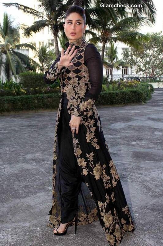 Love! This dress looks amazing on kareena kapoor ❤️