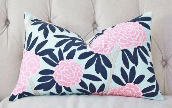 Navy And Pink Decorative Pillows: Best 25+ Navy Pillows Ideas On Pinterest