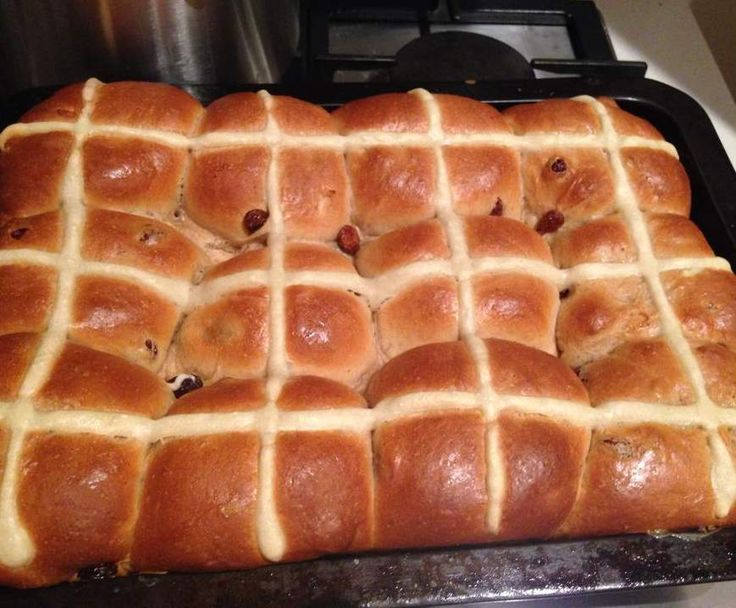 Recipe Mike's Famous Hot Cross Buns by SwingInTheMix - Recipe of category Breads
