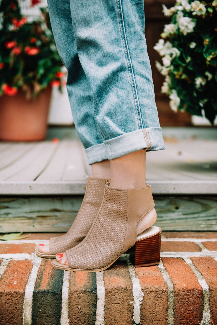 The perfect open toe bootie to get your from summer to fall in a pinch! I love pairing these with denim for fall!    @dswshoelovers  #myDSW #sponsored
