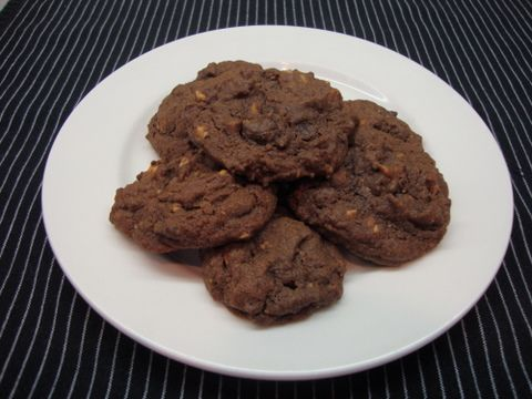 FROST BITE: Recipe: double chocolate and hazelnut cookies