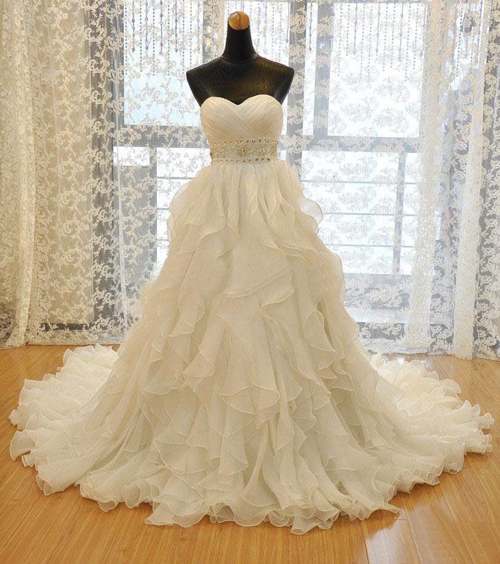 Ball Gown Wedding Dresses : 2017 new Organza wedding gowns Sweetheart Chapel Train Ball Gown Wedding Dress W