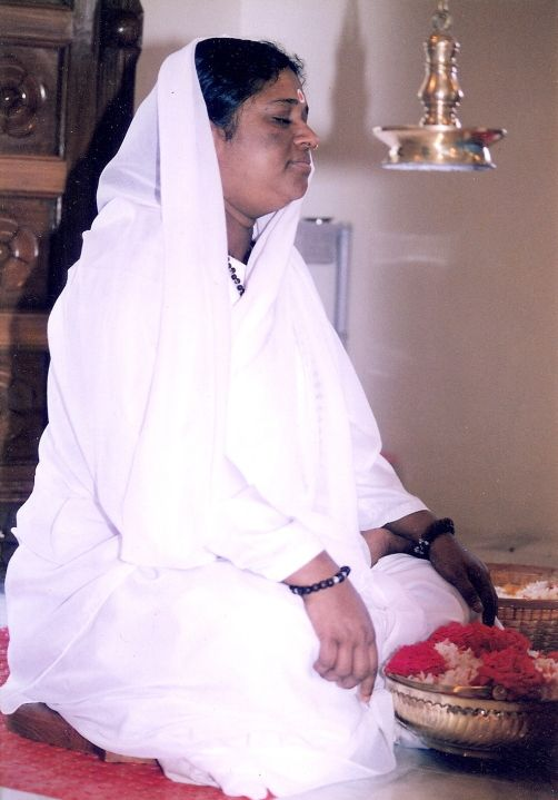 Mata Amritanandamayi / Amma - Yoga Vidya International