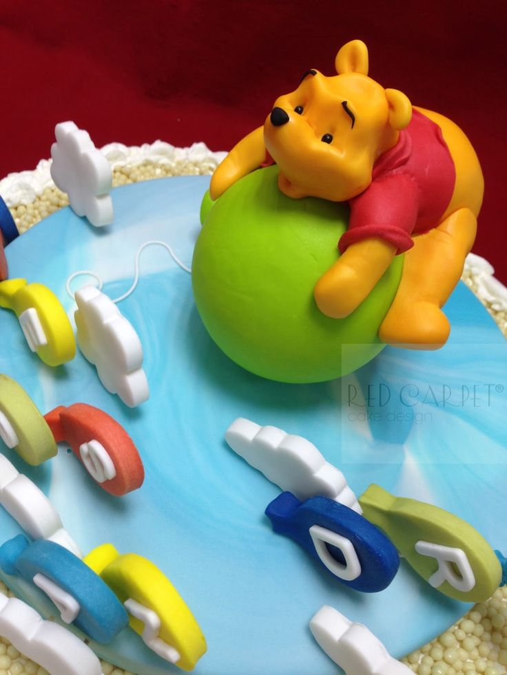 Marvelous FLYING WINNIE THE POOH CAKE by RedCarpetCakeDesign