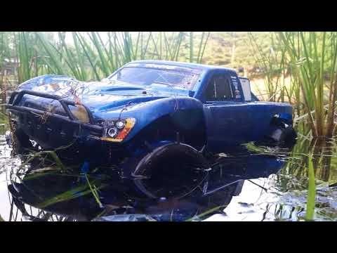 traxxas slash rc trucks mudding