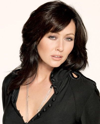 Shannon Doherty as Prue Halliwell