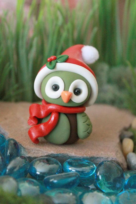 Polymer clay christmas owl miniature owl mini clay owl terrarium accessory owl sculpture - Decoration noel pate fimo ...