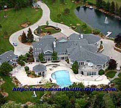 did not expect eminem 39 s house to be this bigg celebrity homes pinterest to be house and. Black Bedroom Furniture Sets. Home Design Ideas