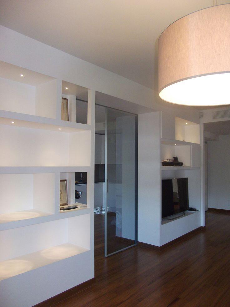 Oltre 25 fantastiche idee su parete libreria su pinterest scaffali soggiorno scaffali per - Cartongesso mobili ...