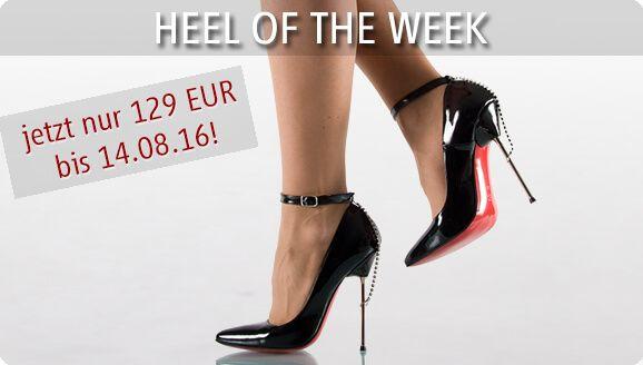 Heel of the week vom 08.08. - 14.08.2016 Glitzernde Extravaganz: Pumps mit roter Sohle und Glitzer-Kettchen