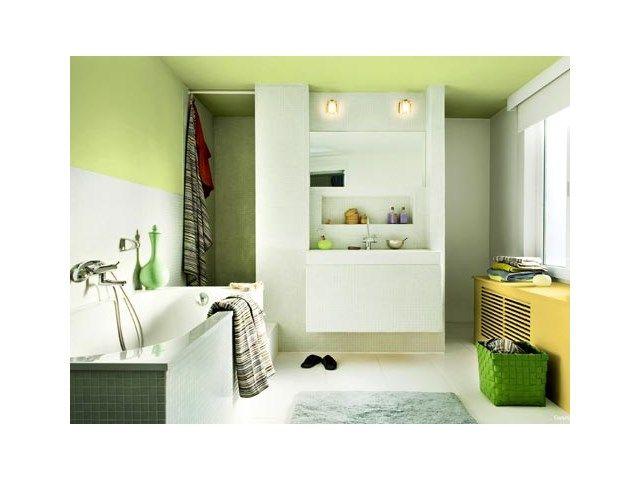 Badkamer renoveren of verplaatsen: hoe druk je de kosten? - Badkamer - Livios
