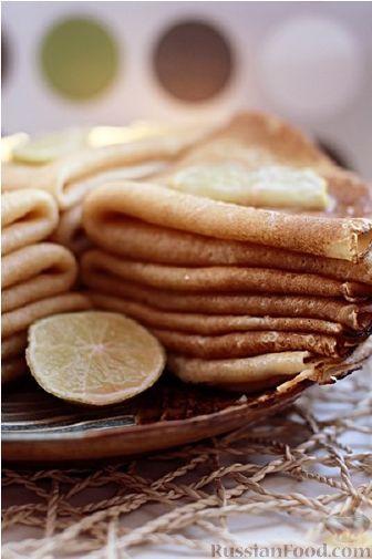 БЛИНЫ: Продукты (на 4 порции) Молоко - 500 мл Яйца - 3 шт. Мука - 280 г (1,75 стакана объемом 250 мл) Сахар - 1-2 ст. ложки Соль - 1 ч. ложка (без горки) или по вкусу Растительное масло - 3 ст. ложки + масло для сковороды Сливочное масло (для смазывания готовых блинчиков) - по вкусу