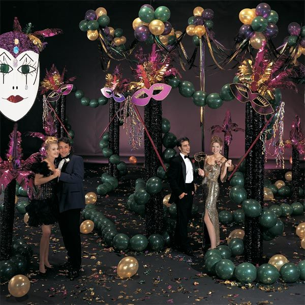 Masquerade Ball Prom Decorations: 17 Best Images About Masquerade Wedding Decor On Pinterest