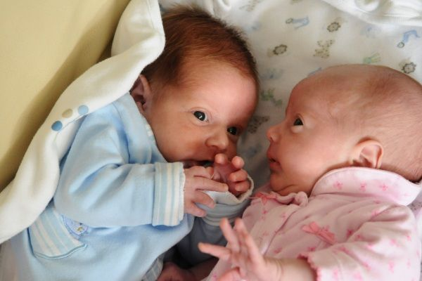 neonati bellissimi gemelli - Cerca con Google