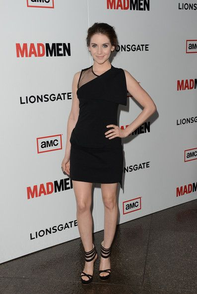 Alison Brie Lookbook: Alison Brie wearing Messy Updo (3 of 13). Alison Brie traded in her Trudy Campbell 'do at the 'Mad Men' Season 6 for this modern messy style.