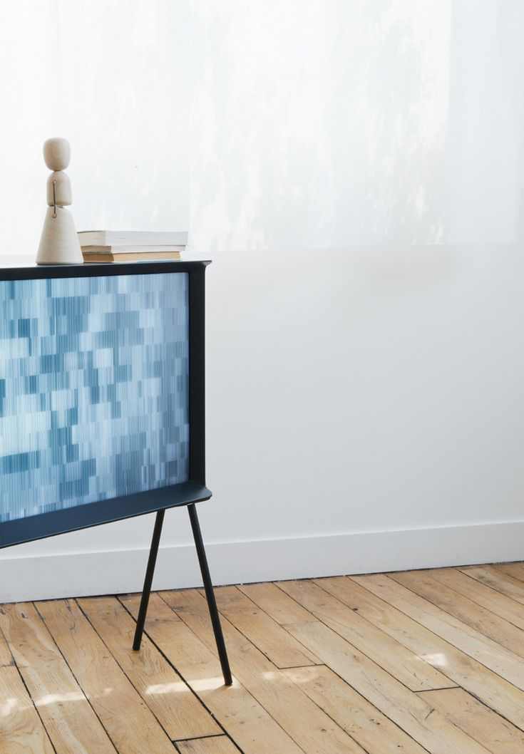 Bouroullec Brother' Serif TV for Samsung