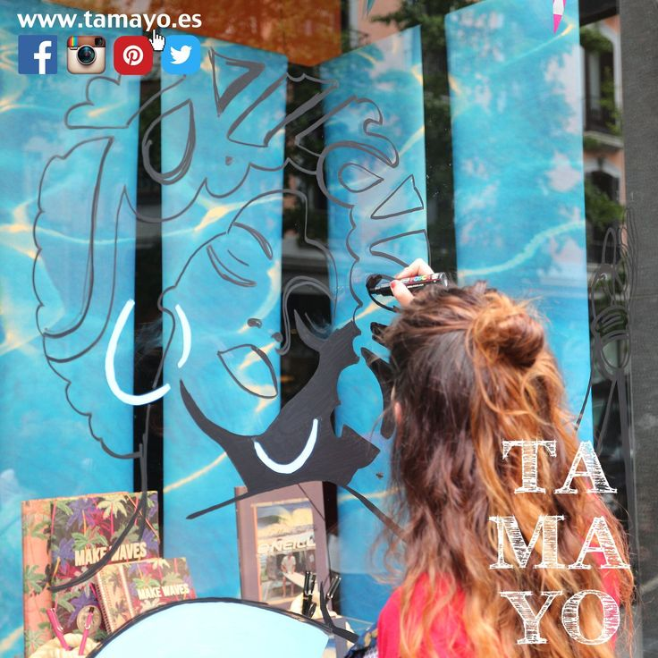 Este sábado haz tus compras en #Tamayopapeleria y recuerda que los Sábados en verano estamos solo hasta las 14:00h y cerramos por la tarde y disfruta del @heinekenjazzaldia y los escaparates del #jazzmargotu Desde #TamayoPapeleria #donostia #SanSebastian hemos surtido a una serie de ilustradores con rotuladores @poscagallery gracias a la iniciativa de @sansebastianshops y algunos escaparates se han convertido en obras de arte... Pásate a ver el nuestro y si realizas alguna compra estos dias…