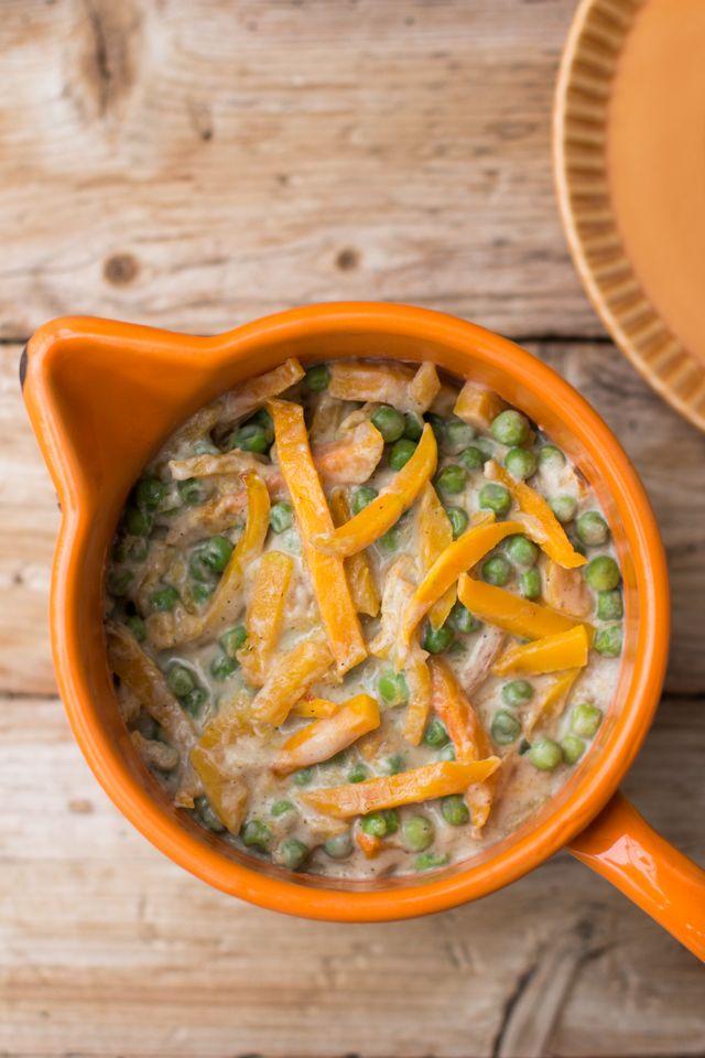 """Erbsen und """"Kürbischen"""" (statt Möhrchen) in leichter Creme-Soße (vegan) -  Carrots for Claire"""