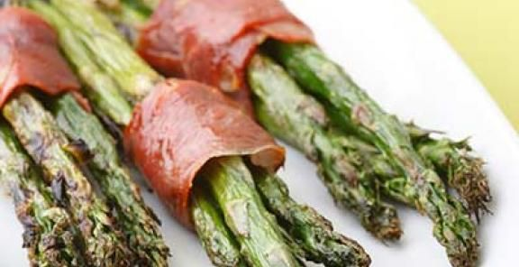 Prosciutto-Wrapped Asparagus  | KitchenDaily.com