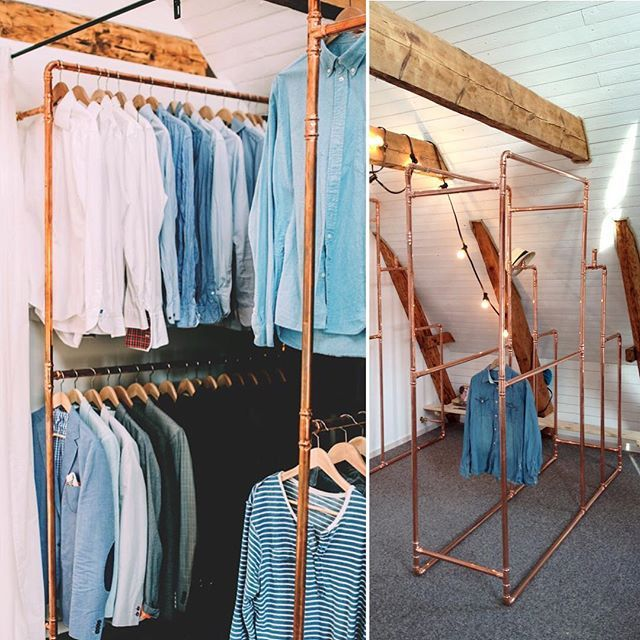 "Can really recommend to make your clothes rack of copper pipes, it's cheap, easy and you can make it so it fits your space. Today I cleared and organized my ""walk in"", now I actually can see the copper pipe that I made it with and which clothes I have :) Someone else that recognizes that, can't see the three for the forest? #myplace #diyproject #diywalkincloset #copper #clothesrack #walkincloset #wardrobe #copperrack #interior4all #interior123 #interiorstyling #interiordesign #clothes…"