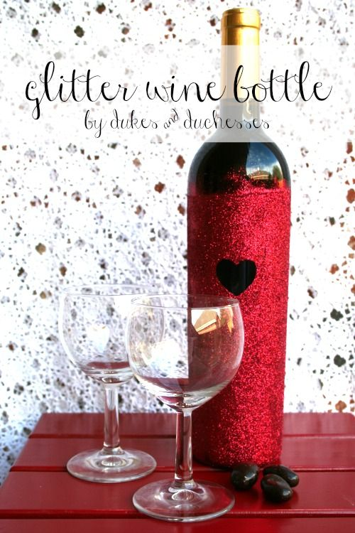 A DIY glitter wine bottle. I don't drink alcohol but this is cute for those who enjoy wine.