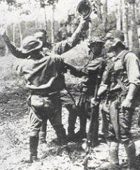 Bij de capitulatie op 8 maart 1942 maakte het Japanse leger op Java bijna 90.000 krijgsgevangenen: 67.000 KNIL-militairen en bijna 22.000 Britten
