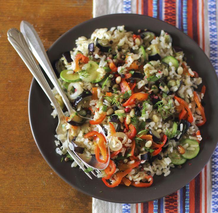 Idee semplici e originali per preparare l'insalata di riso