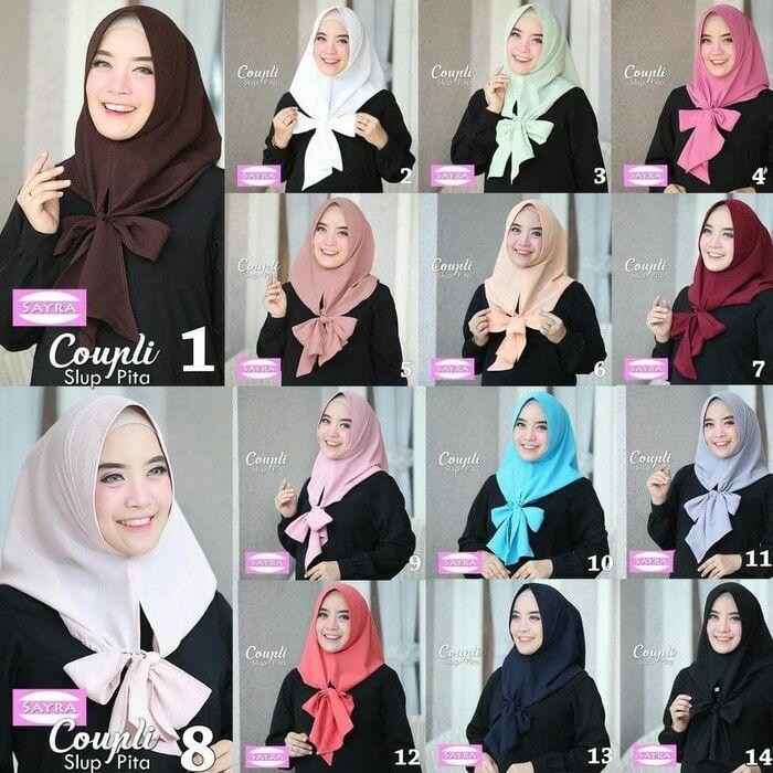 Jilbab instan / Hijab Coupli Slup Pita, Jilbab instant 1x slup, dengan pad antem spons dan tali yang dapat disimpul menjadi bentuk pita, praktis dan cocok dikenakan sehari-hari