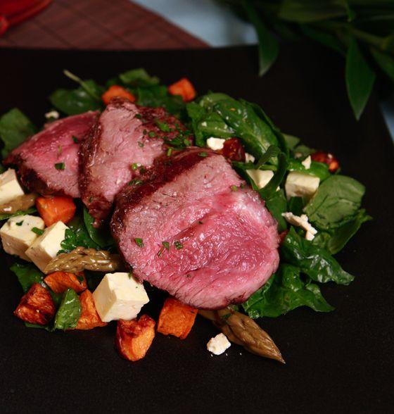 Maxines Burn : Lamb Salad with Feta Pine Nuts