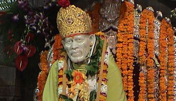 Dev-darshan tour in MumbaiIf you are in Mumbai you should take tour your family for dev darshan tour as there are various devotional places to visit