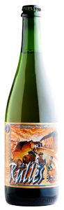La Rulles - Blonde / Bière blonde « qui cache bien son jeu ». Facile à boire en toute occasion, mais dont on découvre de nouvelles facettes à chaque gorgée. Ample, complexe, assez maltée (brioche), à la rondeur contre-balancée par une amertume franche qui rehausse la finale et appelle la bouteille suivante...