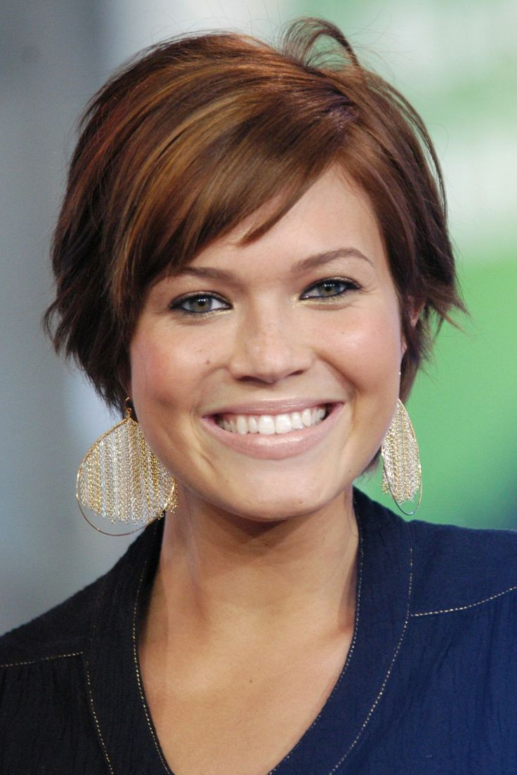We Had No Idea Mandy Moore's Beauty Evolution Was THIS Extreme #refinery29  http://www.refinery29.com/2016/12/133495/mandy-moore-best-hair-makeup-looks#slide-10  2004Beige lipstick, a new pixie cut, and a pop of blush make the low-key star edgier than normal — with a hint of glamour, to boot. ...