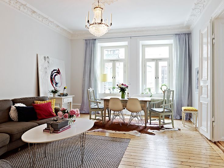 Se misturam neste interior Escandinavo,amei,casa acolhedora!Linda terça a todos,com carinho!                         ...